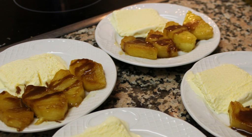 Ananas poêlé, sauce carambar dans Une petite friandise, pour finir ? img_5254