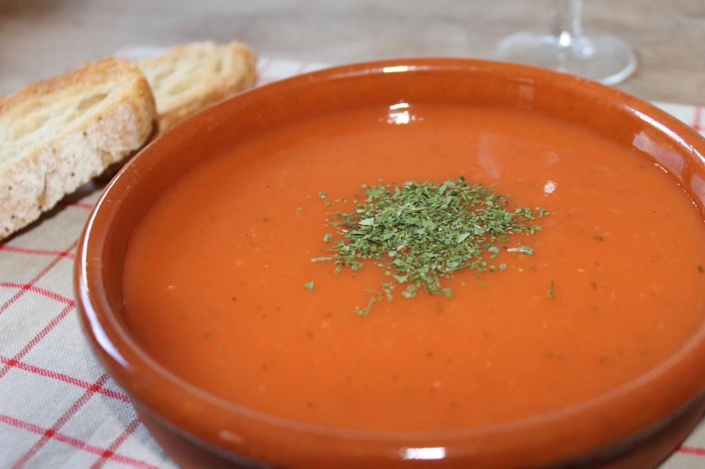 Potage à la tomate dans Pour bien commencer... img_6473