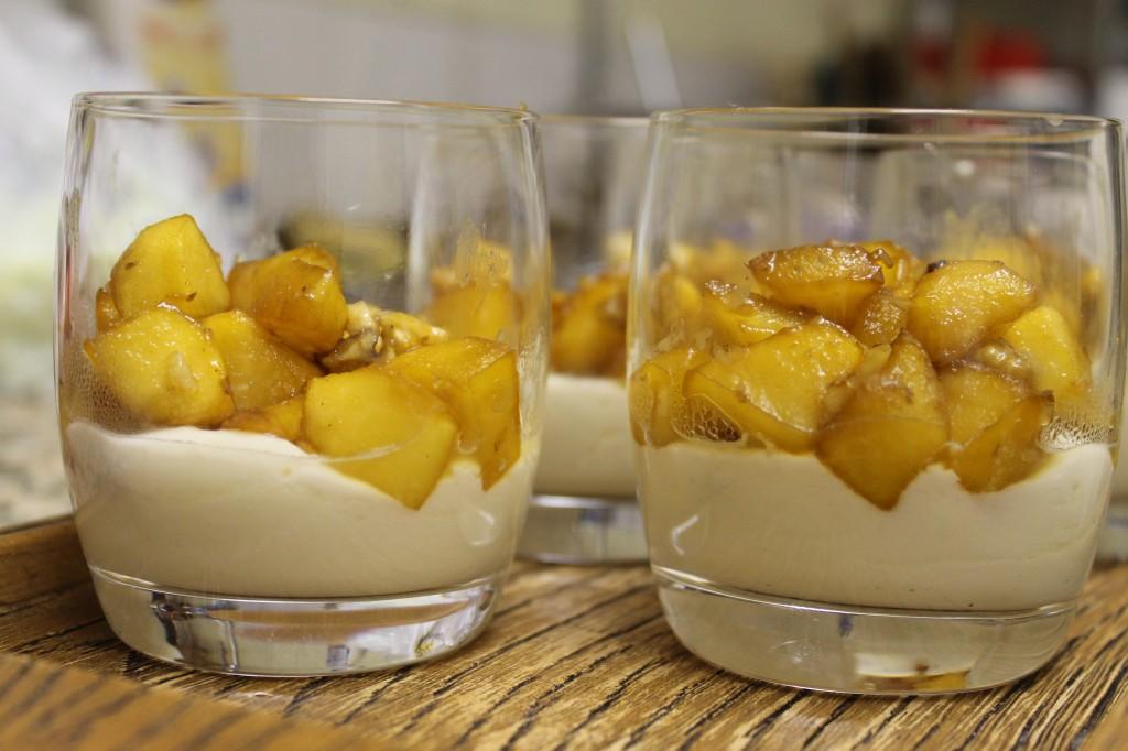 Verrines pommes caramélisées et mascarpone dans Une petite friandise, pour finir ? img_6690