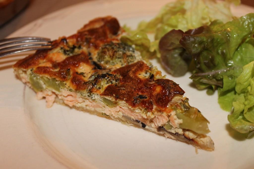 Tarte saumon et brocolis dans Pour bien commencer... img_67052